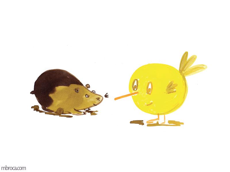 Un hamster qui regarde un oiseau jaune.