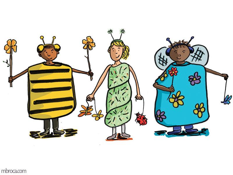 trois enfants déguisés en abeille, chenille, papillon.