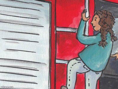 Rouzig de juin 2108. Une fille grimpe sur l'échelle d'un camion.