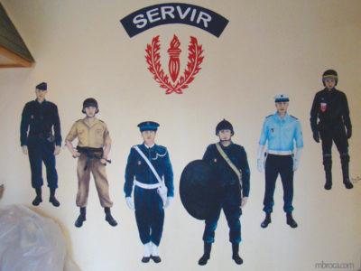 Fresque CRS. Six CRS de différentes compagnies (motards...) depuis 50 ans..