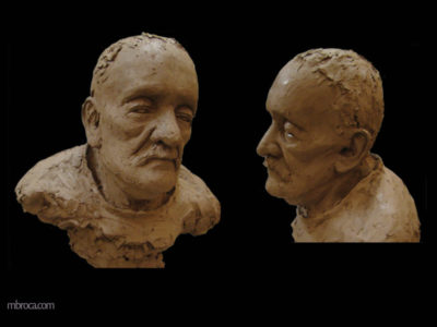 sculpture d'un portrait de grand-père