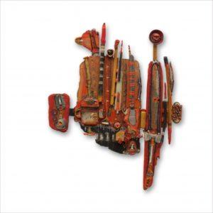 sculpture abstraite, dans les tons rouges et oranges.