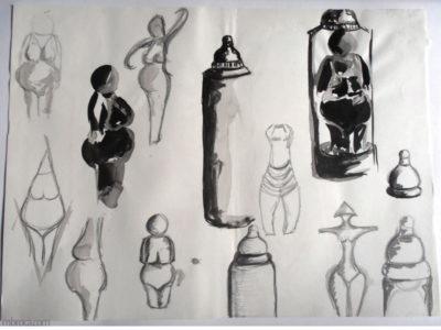 Une planche de croquis avec des femmes à la manière des vénus préhistoriques et des biberons.