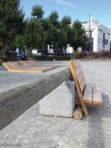 Le voyage à Nantes : deux bancs